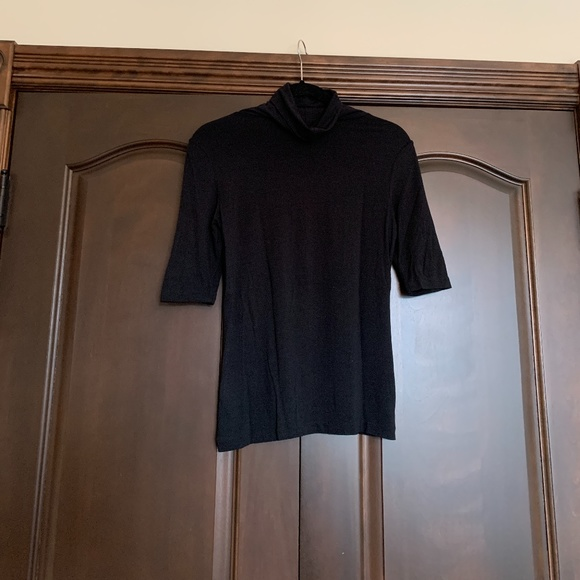 Cassis Black Turtleneck Size Small
